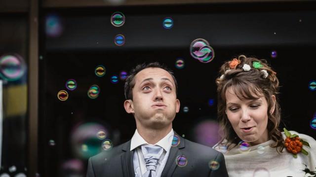 Sortie de cérémonie, des bulles