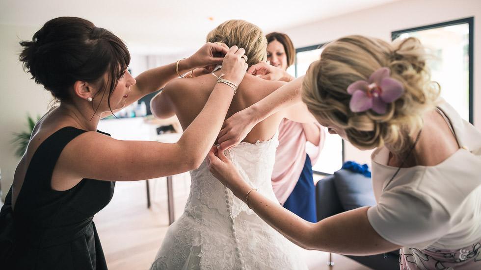 préparatifs de la mariée