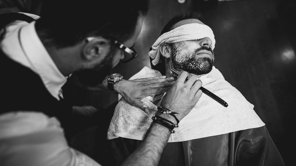 Marié chez le barbier