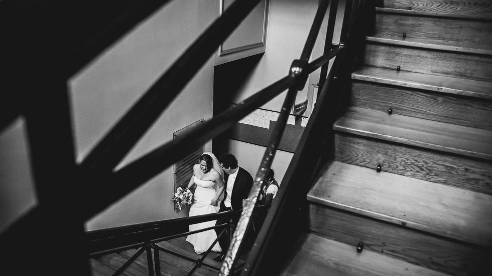 montée des escaliers de la mairie
