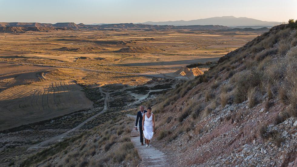 mariage-seance-couple-desert-bardenas-10