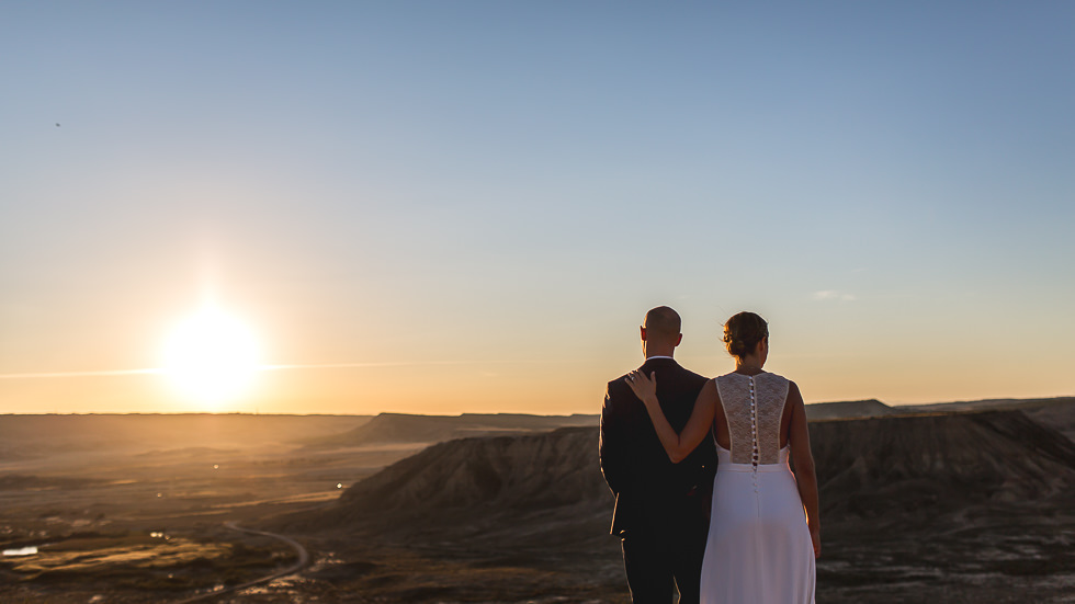 mariage-seance-couple-desert-bardenas-12