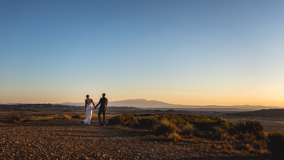 mariage-seance-couple-desert-bardenas-18
