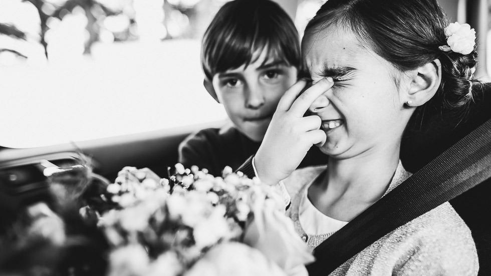 enfants espiègles au mariage