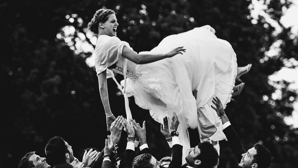 la mariée s'envoie en l'air
