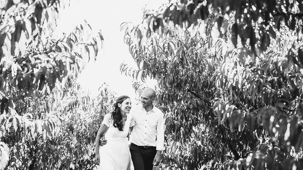 mariés dans les pêchers