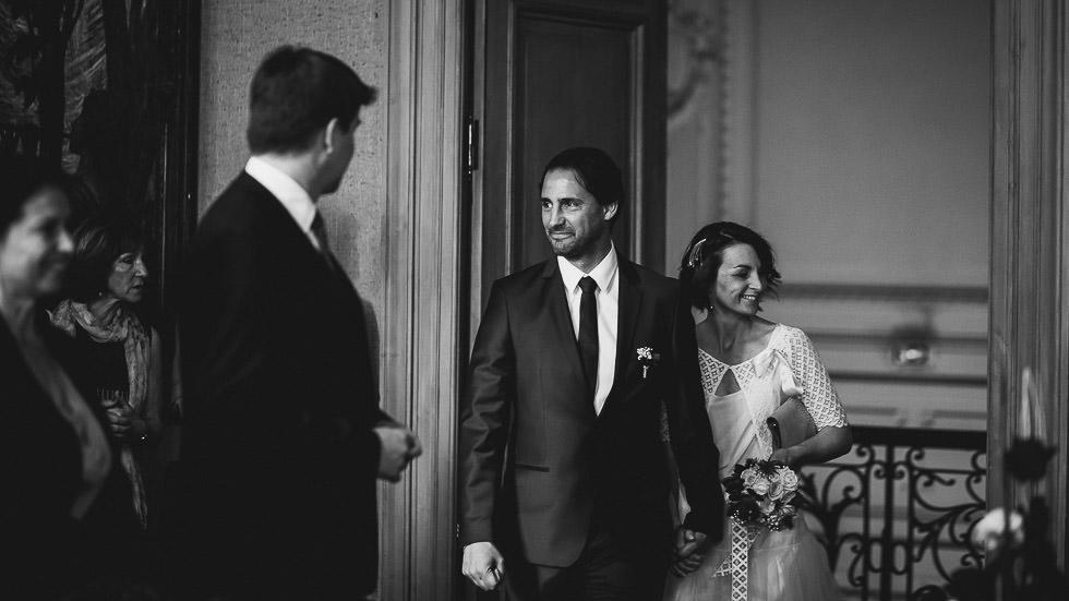 Photographies de mariage. Mairie de Bayonne. Château de Brindos. Par Gardères & Dohmen photographes de mariage.