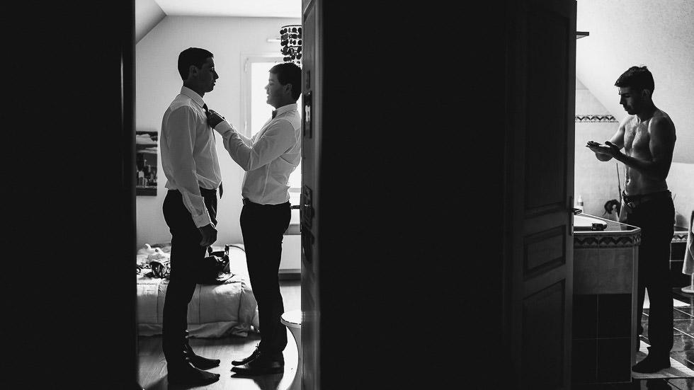préparatif du marié et des témoins