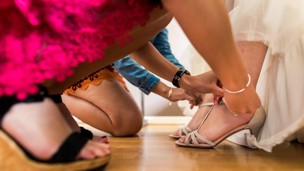 habillage de la mariée, les chaussures