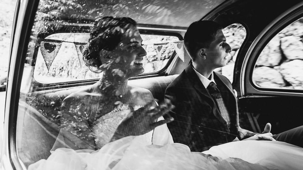 dans la voiture avec la mariée
