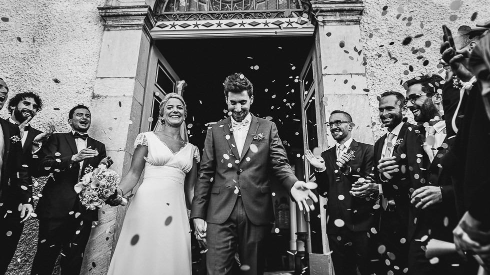 sortie de l'église des mariés